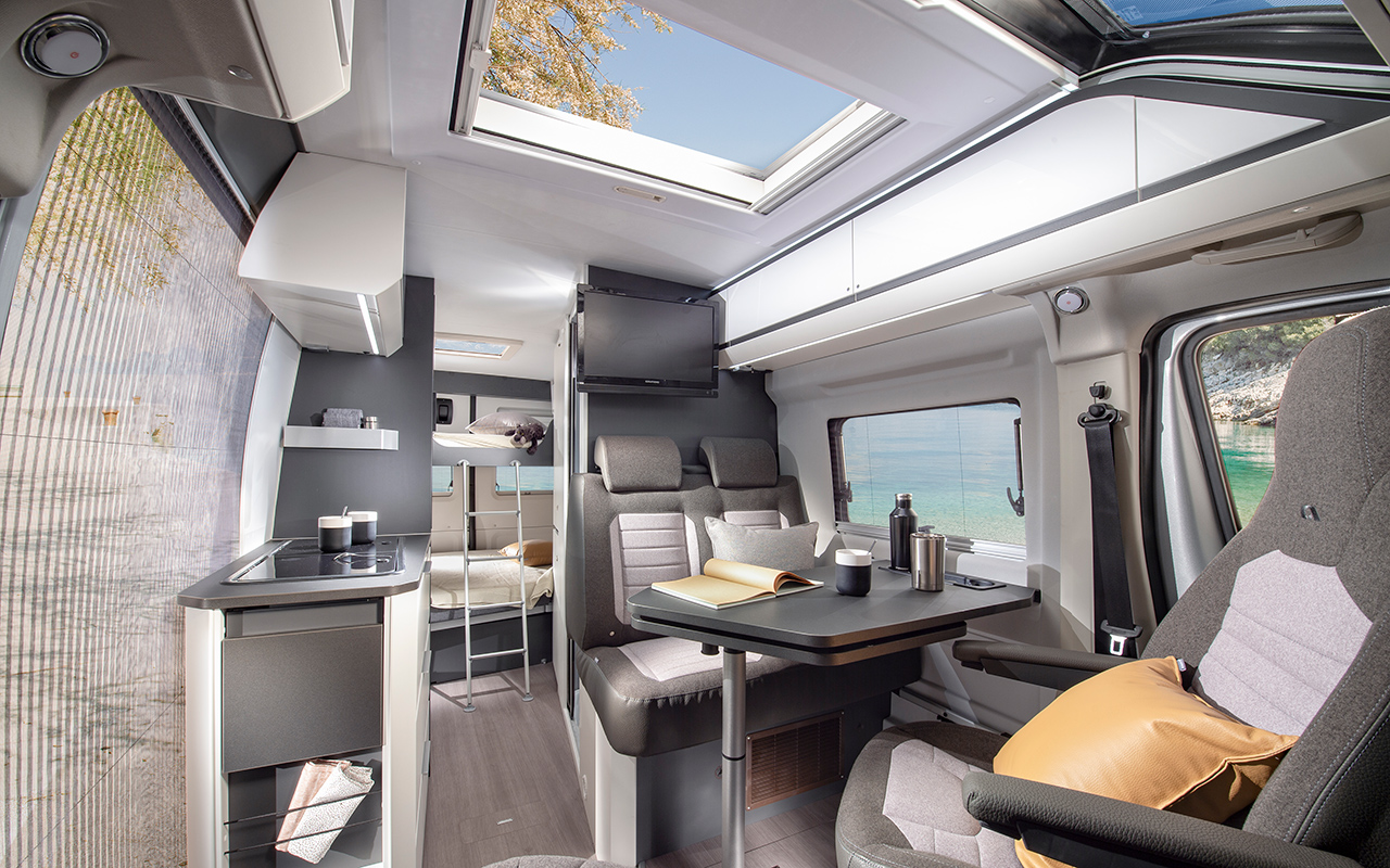 Twin Supreme 640-spb-family-image-interior