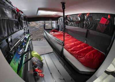 Adria Twin Sports SG bed achterin